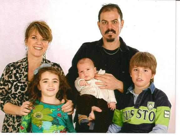 20120207102836-familia-mamisusi-completo.jpg
