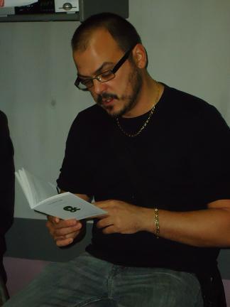 20131013122721-libro.jpg
